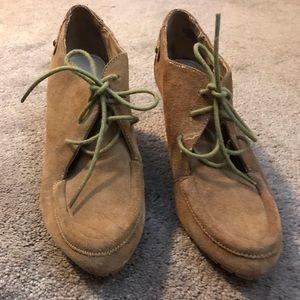 Vintage AK Anne Klein booties size:7